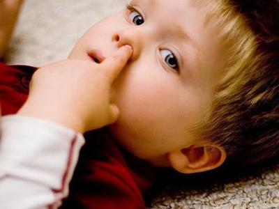 婴儿的鼻孔结构图片