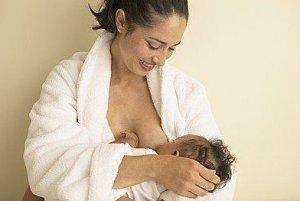 宝宝吃奶时三心二意怎么办