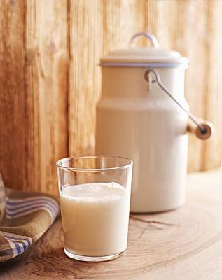 空腹喝纯牛奶美容易消化不良(第2页)_美容频道