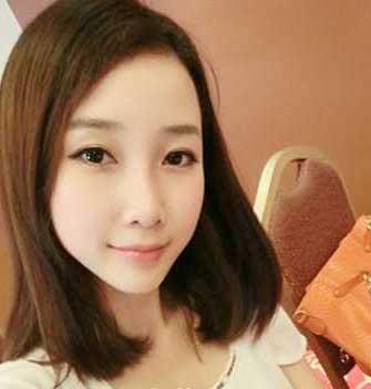 女生齐肩直发发型更能展现女生的优雅淑女气质,中分的刘海发型图片