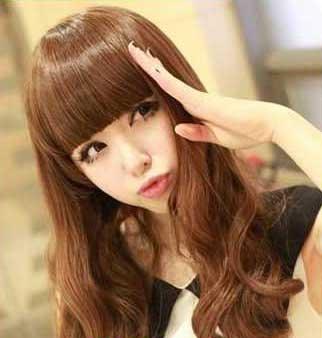 发型,修颜效果十佳,同时还缩减脸部面积,随性的中长发卷发,洋溢高清图片
