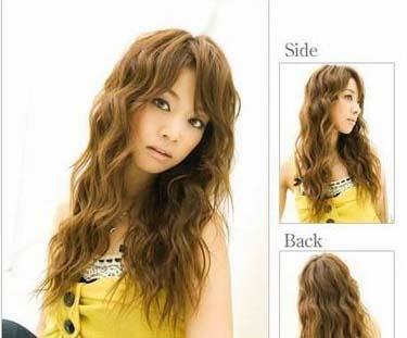 即使是中长发也不会显得过于委婉,但是充满了女人味,酷中带点小可爱哦