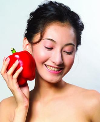 女人 吃什么/那么女人月经期间吃什么好呢?医生们认为有以下几种类别的食物。...